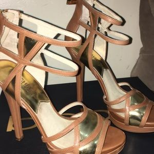 Michael Kors Shoes - Michael Kors Heel